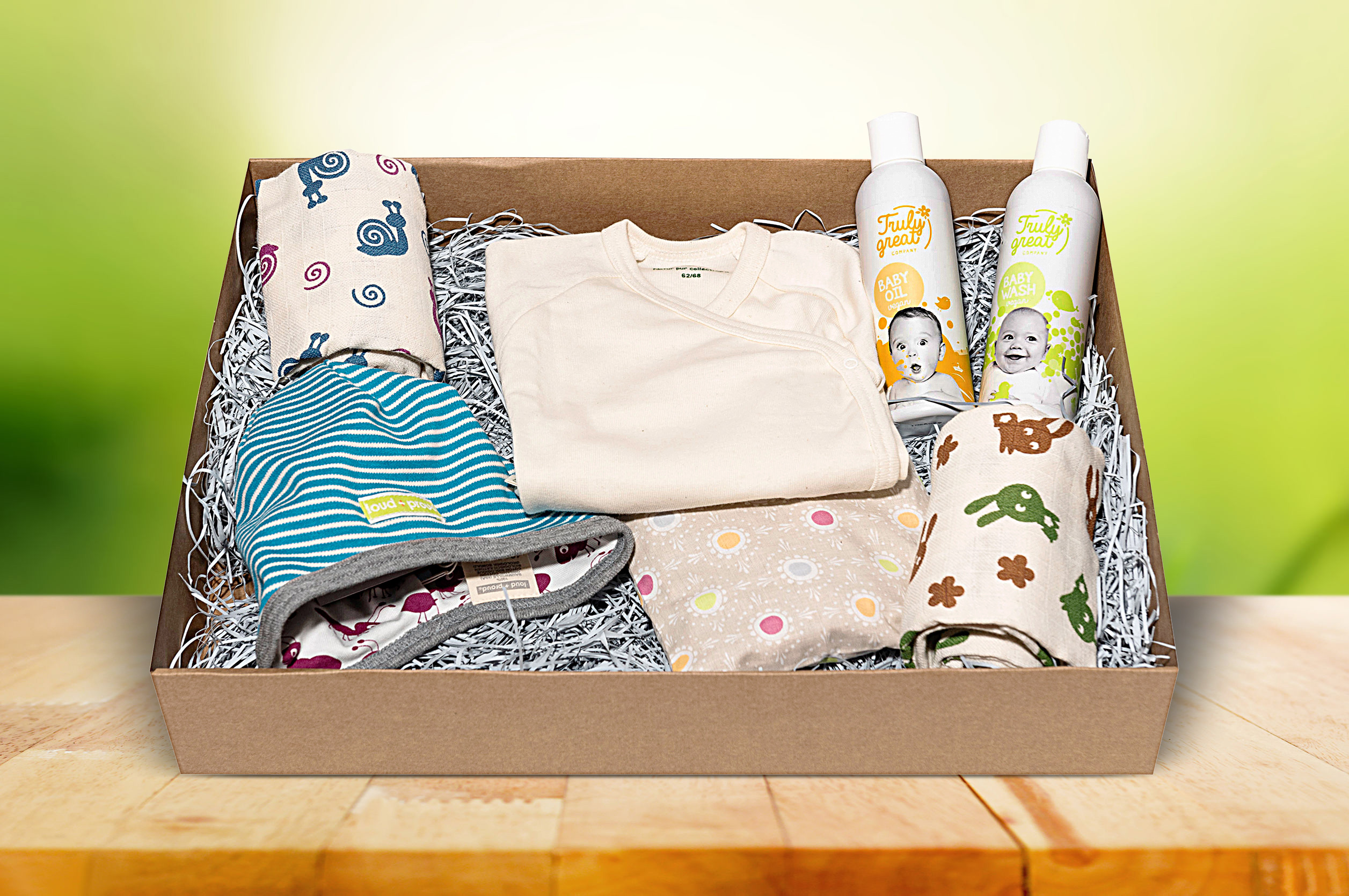Hello World - Medium Box Babygeschenk
