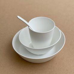 4tlg Geschirr weiß - nachhaltig - 100% kompostierbar - aus nachwachsenden Rohstoffen - frei von Schadstoffen
